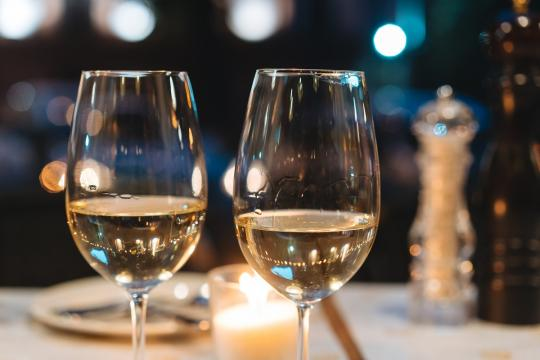 чаши за вино от кристал