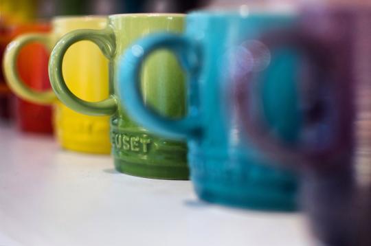 цветни чаши