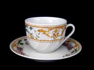 Чаша за чай с чиния Ретро стил, цена 3,60лв.