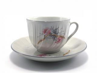 Чаша за чай с чиния,декор 2100, цена 2,48лв.