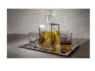 Гараф + 6 чаши за уиски, цена 19,20лв.