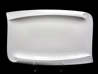 Плато 34х22см модел Виктория, цена 9,35лв.